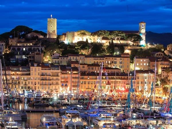 Découvrir Cannes avec un chauffeur privé VTC